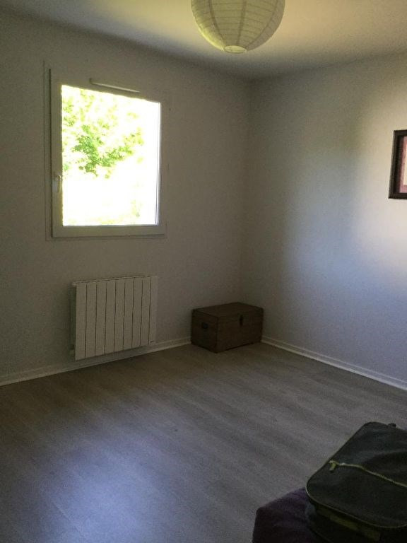 Location maison / villa La roche sur yon 730€ CC - Photo 7