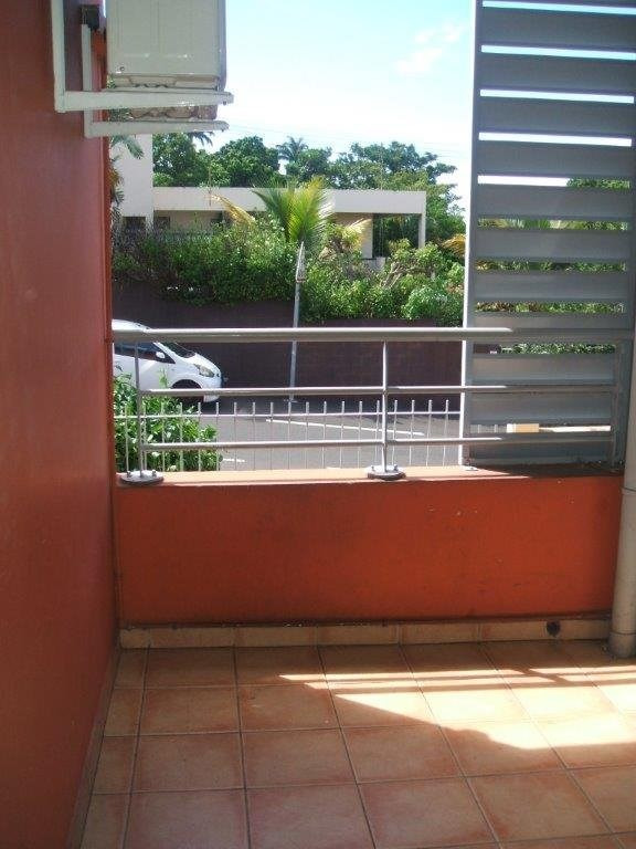 Sale apartment Ste clotilde 61000€ - Picture 3