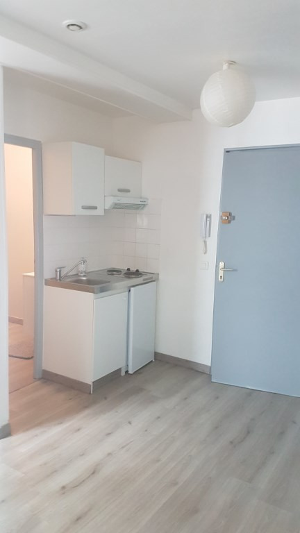 Sale apartment La rochelle 273 000€ - Picture 2