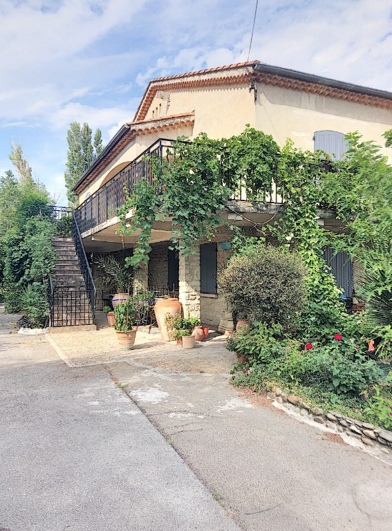 Investment property house / villa Saint andiol 340000€ - Picture 1