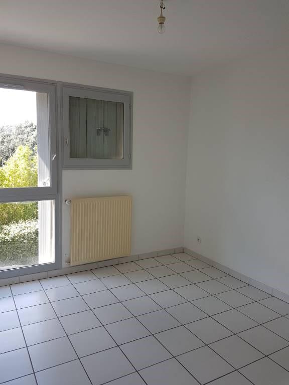 Alquiler  apartamento Villeneuve-les-avignon 800€ CC - Fotografía 7