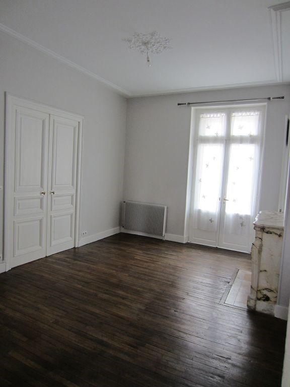 Location appartement Limoges 960€ CC - Photo 2