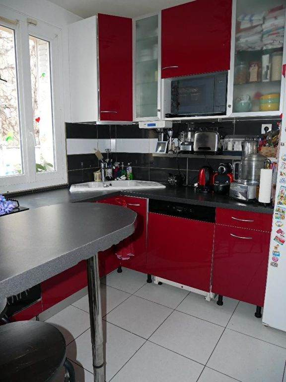 Sale house / villa Carrières-sous-poissy 340000€ - Picture 7