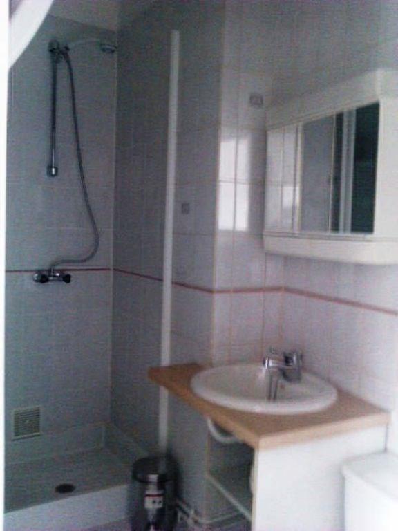 Rental apartment Royat 315€ CC - Picture 3
