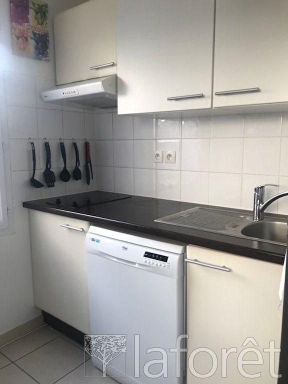 Sale apartment La verpilliere 123625€ - Picture 3