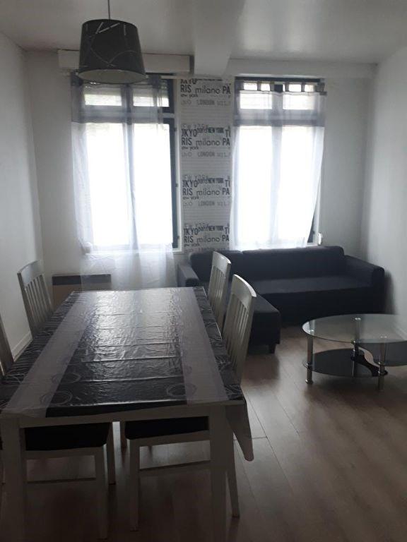 Rental apartment Saint omer 420€ CC - Picture 1