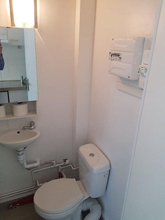 Location appartement Neuilly sur seine 655€ CC - Photo 6