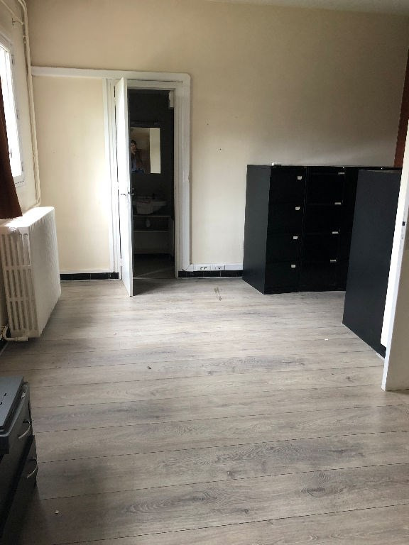 Location local commercial Limoges 1 100€ HC - Photo 5
