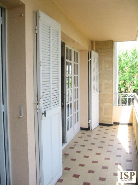 Location appartement Aix en provence 1172€ CC - Photo 9