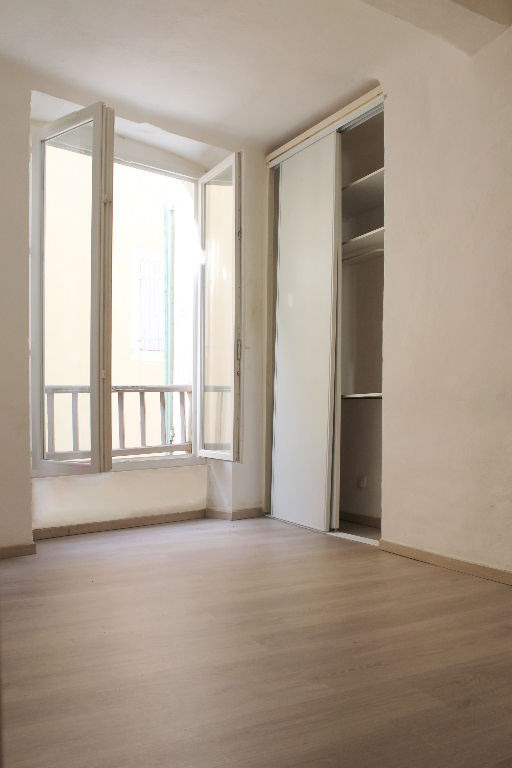 Sale apartment Lambesc 140 000€ - Picture 3