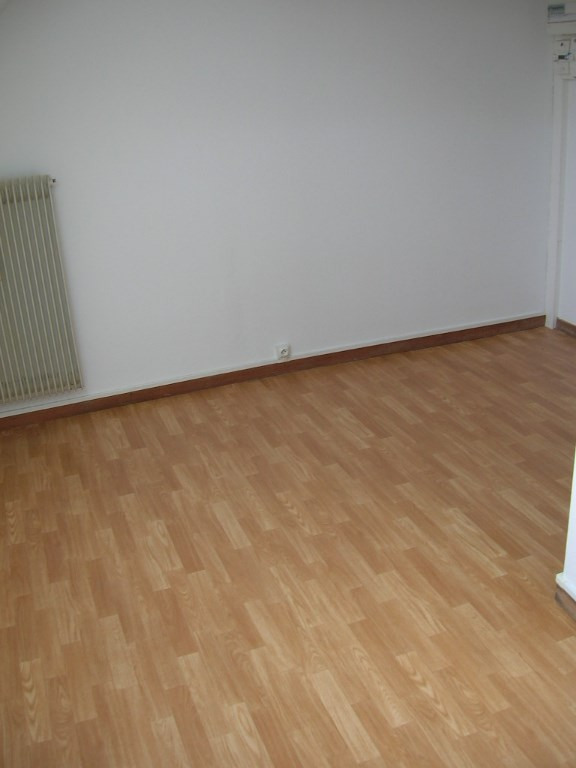 Location appartement Strasbourg neudorf 287€ CC - Photo 3