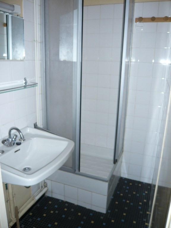 Rental apartment Laval 295€ CC - Picture 4