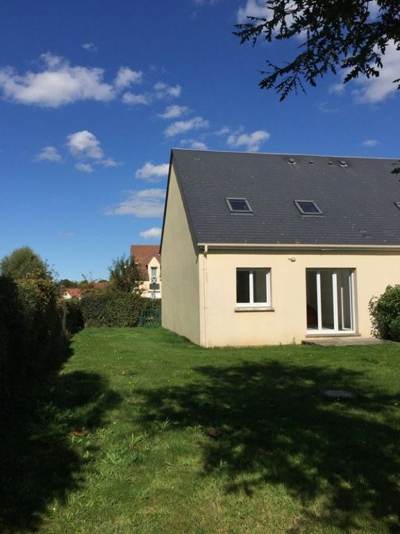 Location maison / villa Grentheville 762€ CC - Photo 2
