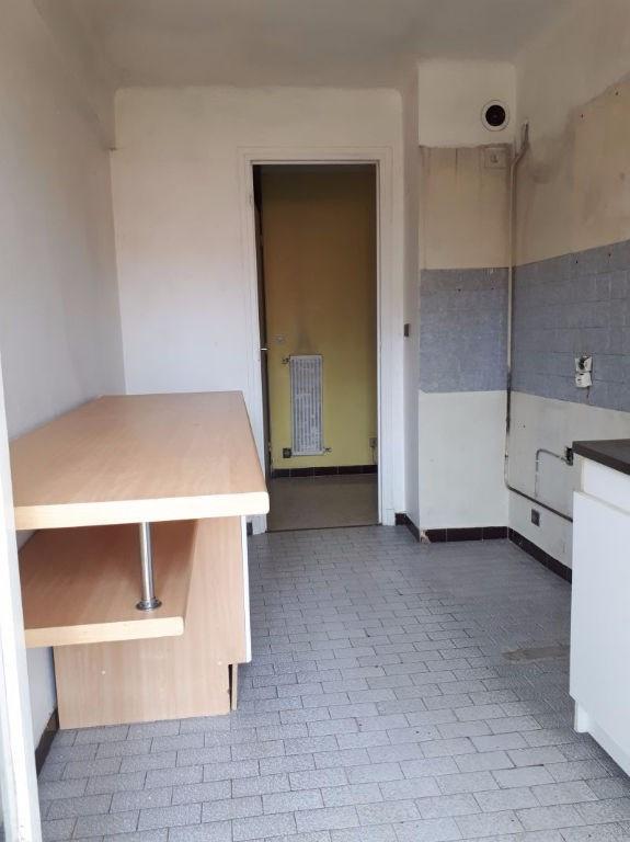 Sale apartment Saint laurent du var 185000€ - Picture 8