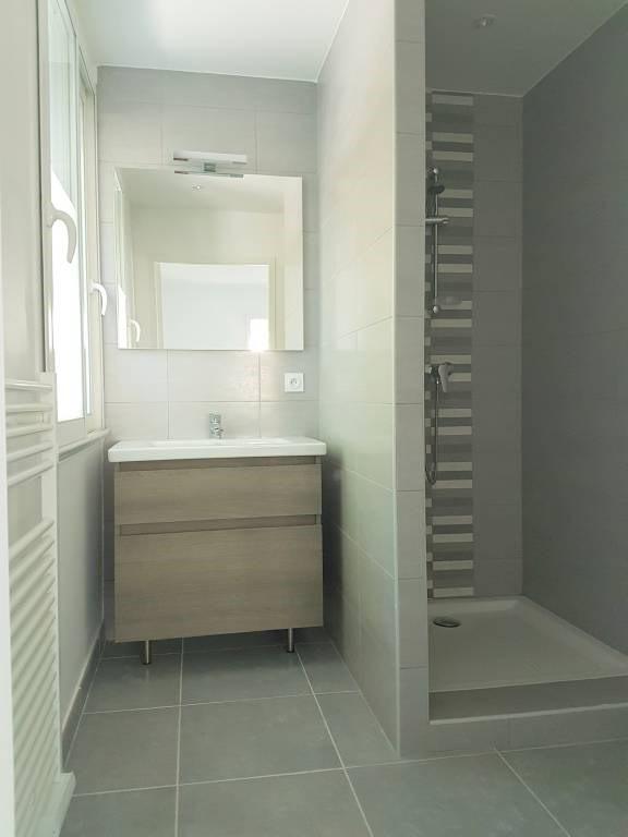 Alquiler  apartamento Villeneuve-les-avignon 632€ CC - Fotografía 5