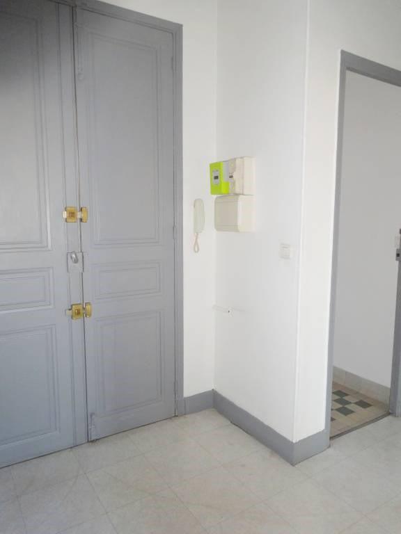 Alquiler  apartamento Avignon 569€ CC - Fotografía 6