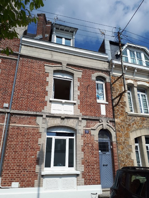 Location maison / villa Saint quentin 908€ CC - Photo 9