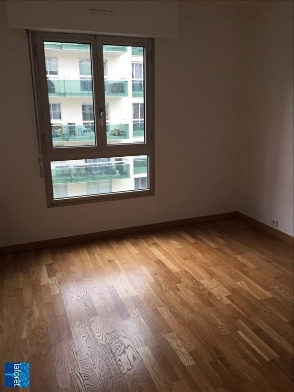 Location appartement Levallois perret 1 933€ CC - Photo 3