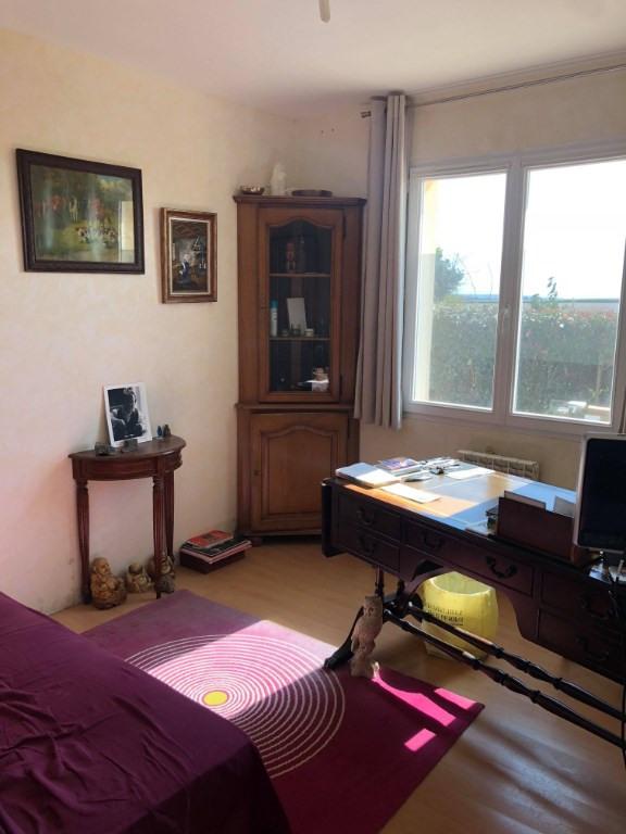 Sale house / villa Courville sur eure 169855€ - Picture 4