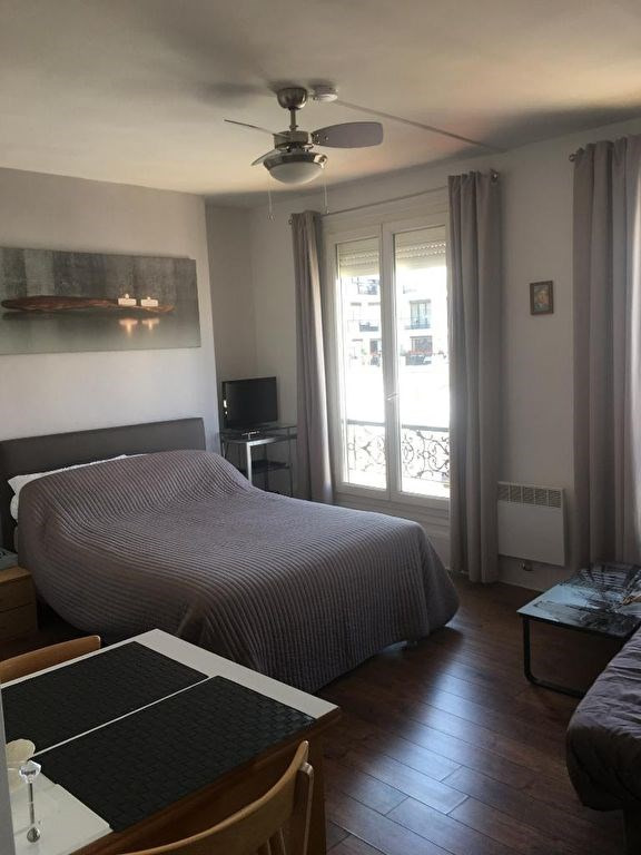 Location appartement Levallois perret 920€ CC - Photo 1