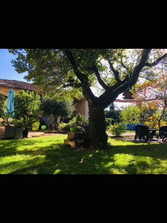Sale house / villa Germond rouvre 270000€ - Picture 9