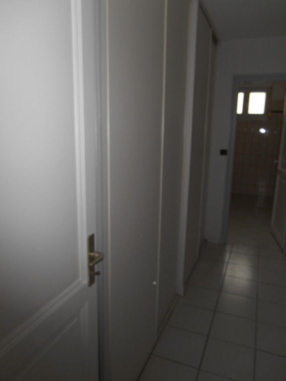 Rental apartment Saint quentin 620€ CC - Picture 8