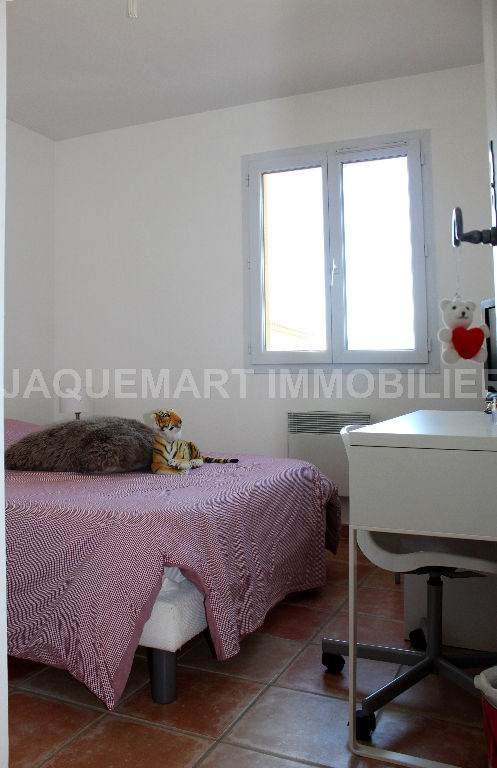 Rental house / villa Lambesc 950€ CC - Picture 6