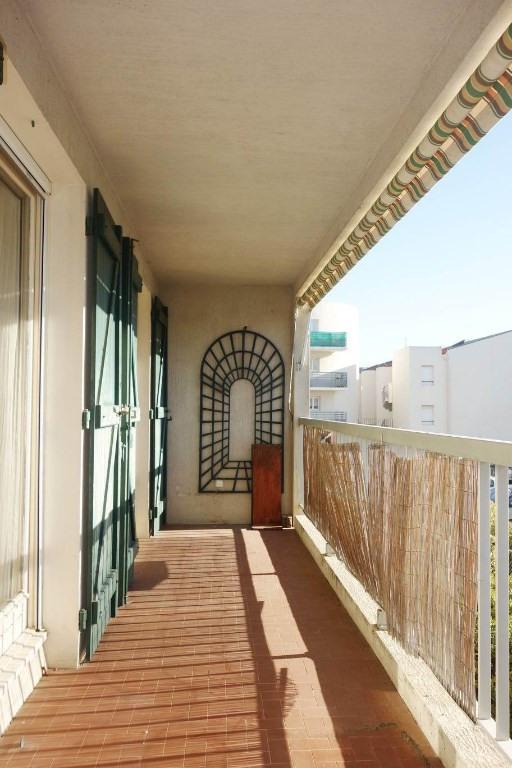 Locação apartamento La londe les maures 777€ CC - Fotografia 1