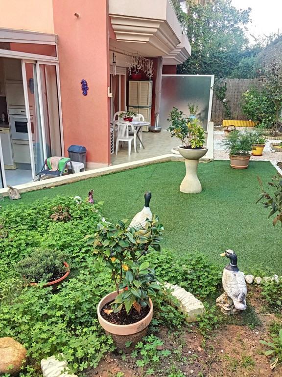 Vendita appartamento Saint laurent du var 277000€ - Fotografia 6