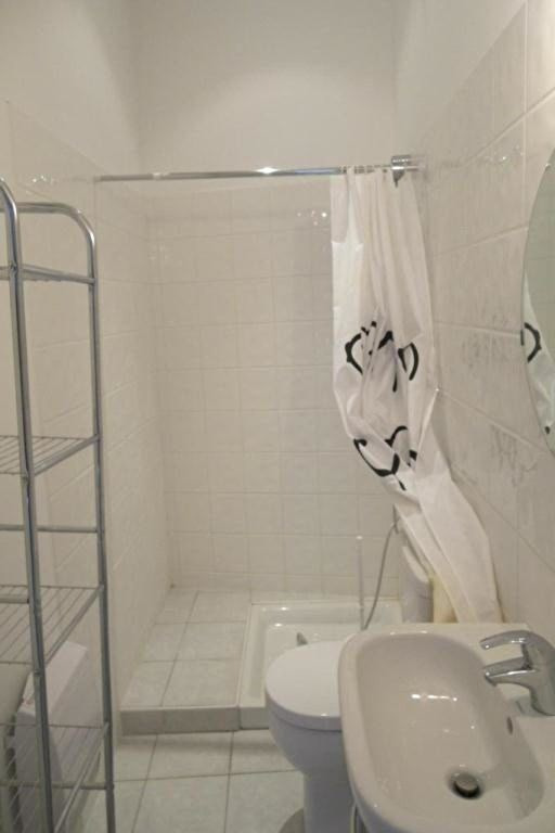 Location appartement Eygalieres 335€ CC - Photo 4