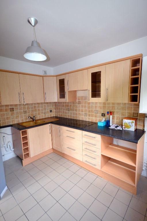 Rental apartment Plaisir 793€ CC - Picture 2