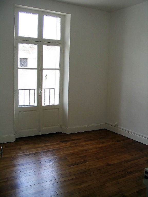 Investment property building Montlucon 145 000€ - Picture 11