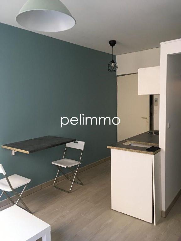Appartement Salon De Provence 1 pièce (s) 16,15 m²