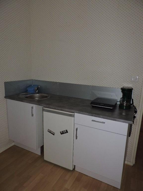 Location appartement Limoges 259€ CC - Photo 4
