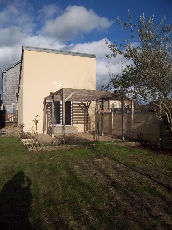 Location maison / villa Bel air 590€ CC - Photo 1