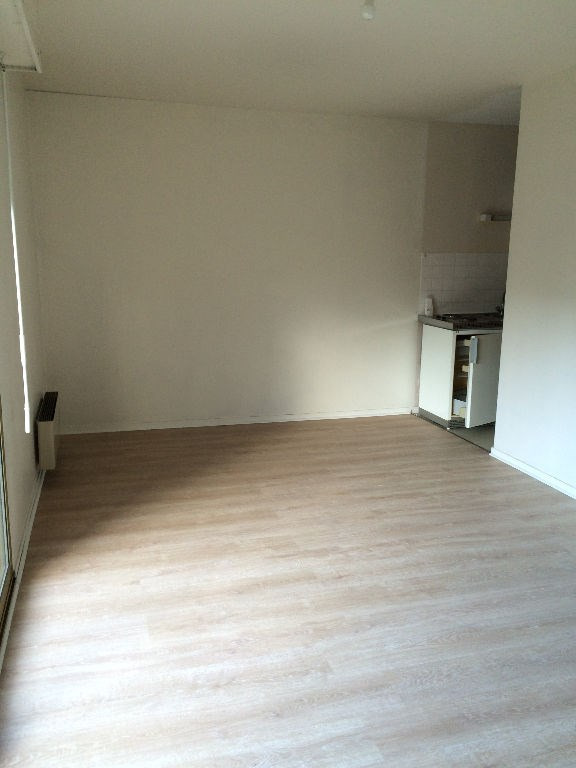 Rental apartment Verneuil d'avre et d'iton 370€ CC - Picture 2