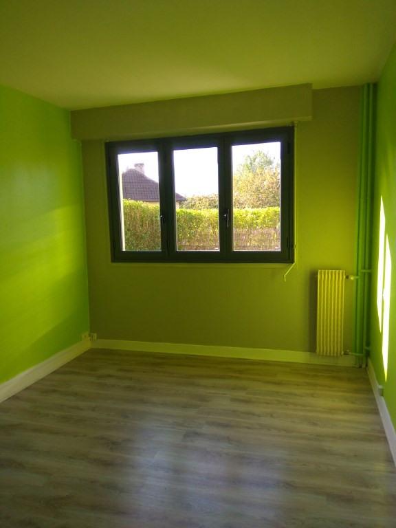 Sale apartment Petit couronne 72000€ - Picture 5