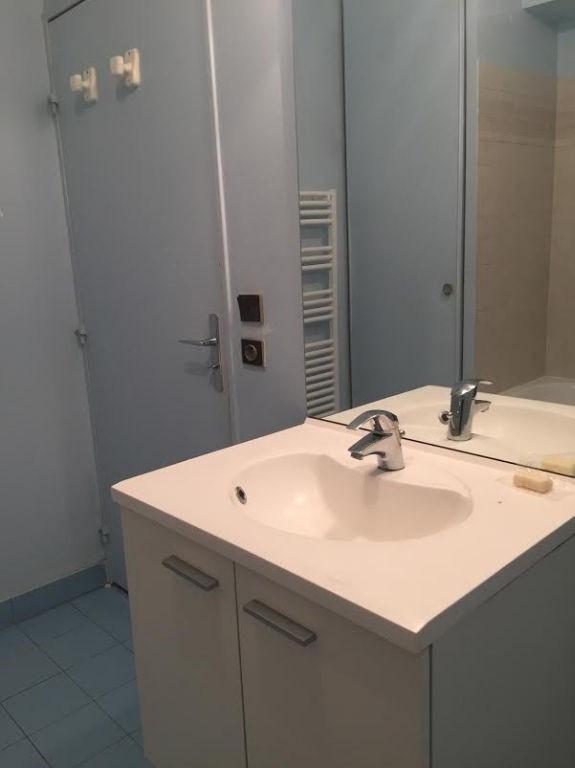 Rental apartment Issy les moulineaux 1274€ CC - Picture 9
