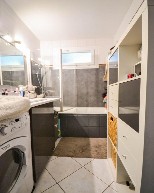 Sale apartment Plaisir 200000€ - Picture 10