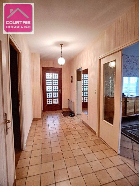 Vente maison / villa Commentry 109 000€ - Photo 2