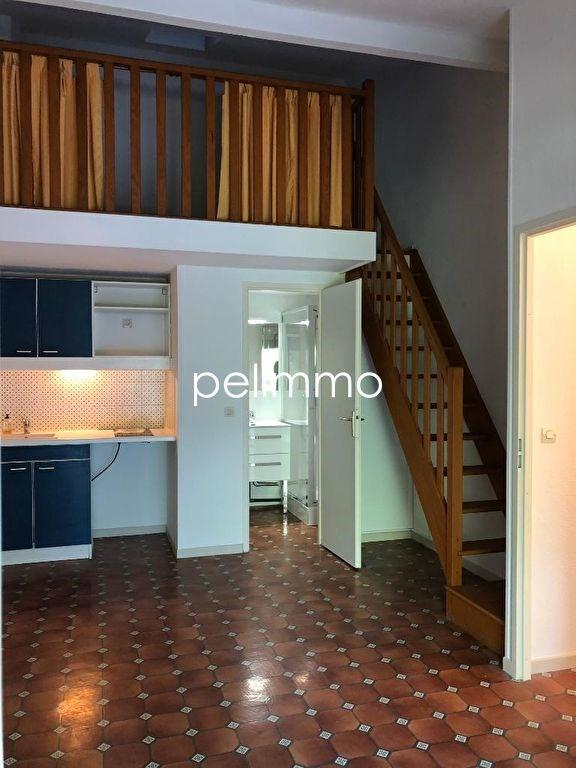 Location maison / villa Eyguieres 630€ CC - Photo 3