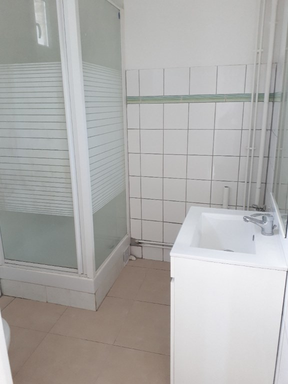Location maison / villa Origny sainte benoite 540€ CC - Photo 3