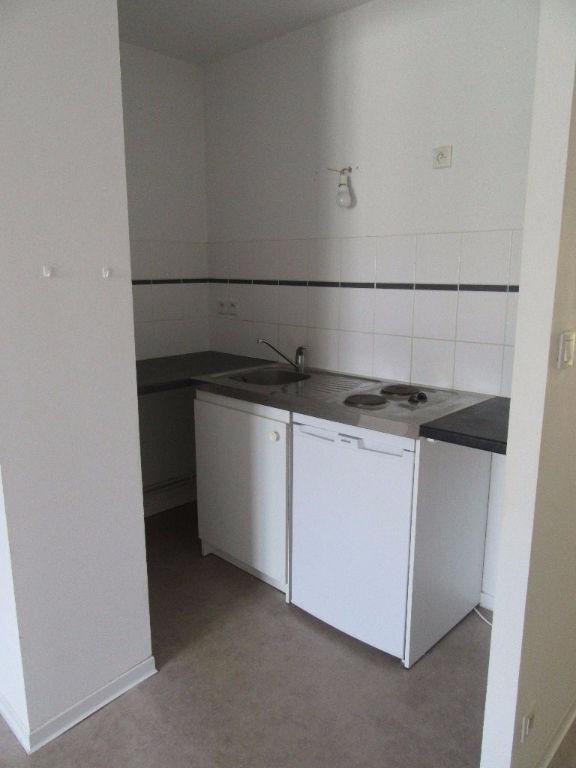 Rental apartment Garlin 383€ CC - Picture 2