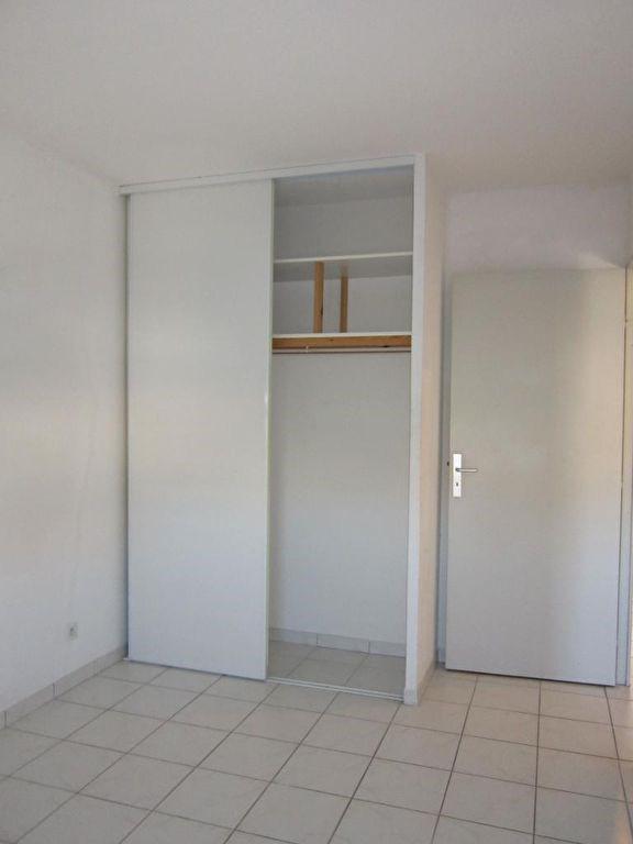 Verhuren  appartement Pelissanne 965€ CC - Foto 8