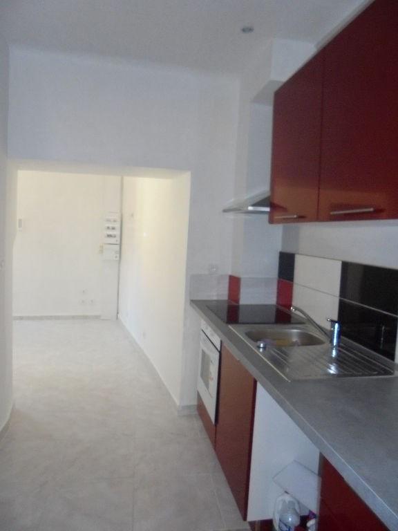 Location appartement Lorgues 650€ CC - Photo 2