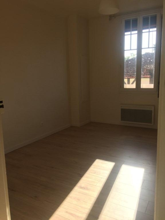 Location appartement Leon 457€ CC - Photo 1