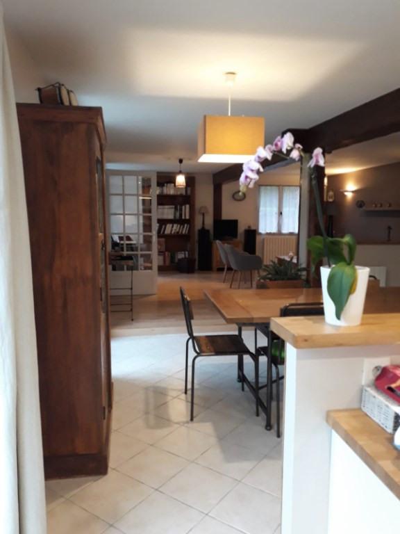 Sale house / villa Montfort-l'amaury 425000€ - Picture 6
