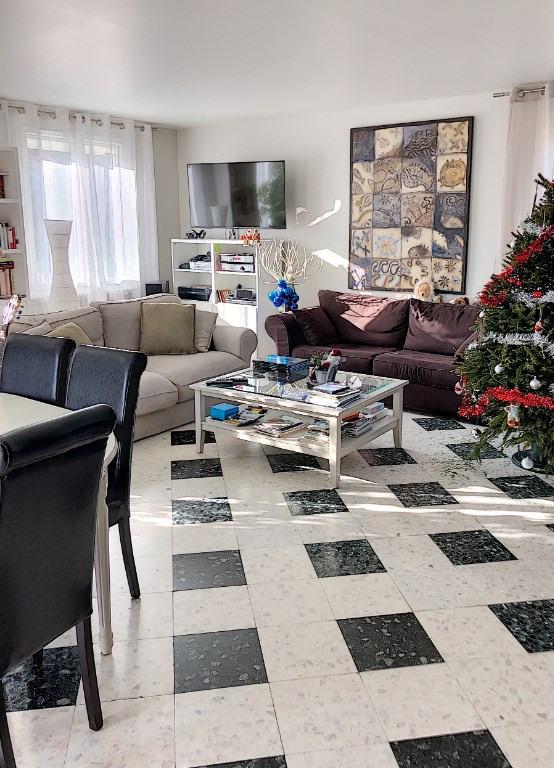 Sale house / villa Villeneuve les avignon 418000€ - Picture 16