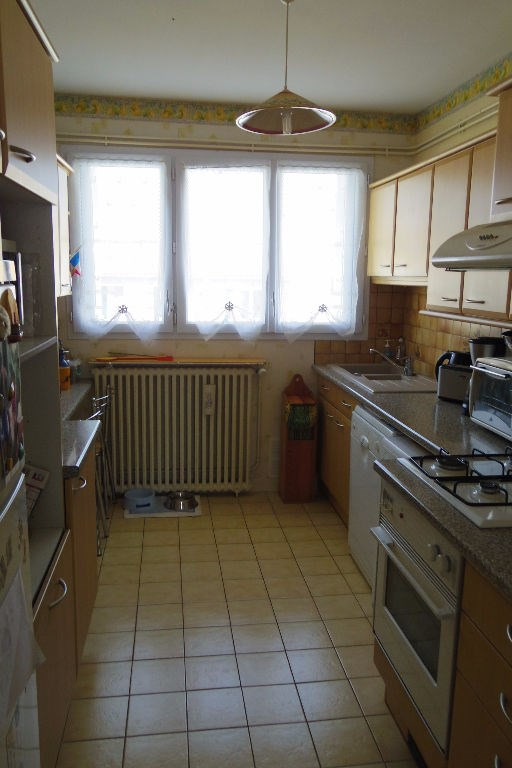 Sale apartment La rochelle 220 000€ - Picture 5