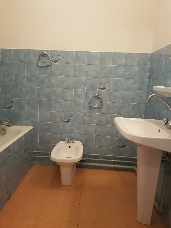 Location appartement Aire sur l adour 320€ CC - Photo 3